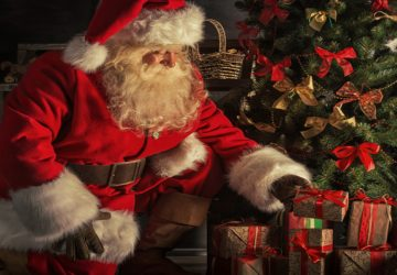 Santa Claus Gift Flower Wallpaper Download
